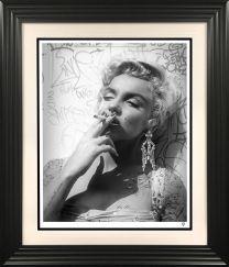 Smoking Gun B&W (Marilyn)